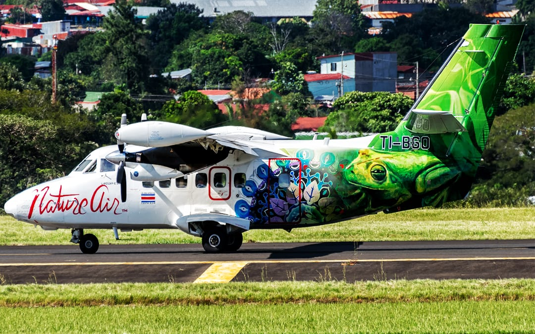 Flying the colors of Costa Rica: GE-powered turboprops bring new colors to the sky