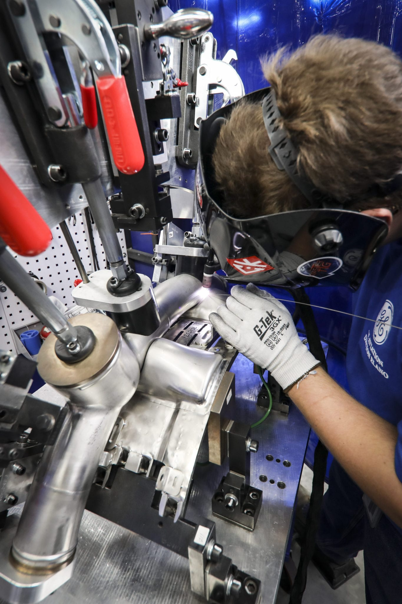 Welders Wanted: Record Commercial Engine Sales Means